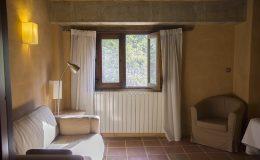 Accommodation-walking-holidays-Spain-Molinos-de-Fuenteheridos