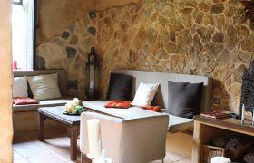 Alojamiento-Sierra-Aracena-Molinos-de-Fuenteheridos-sala-de-relax
